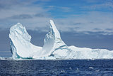 Iceberg with two vertices.