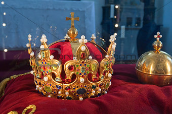 ancient king crown