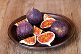 fresh figs in a plate
