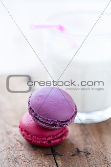 Two macaroons and milk