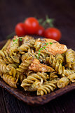 Fusilli pasta pesto