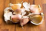 fresh garlic on kitchen table