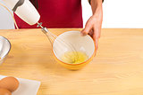 Whisking eggwhite
