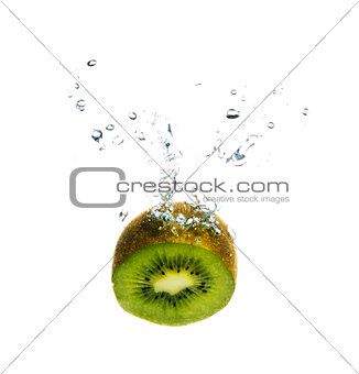 Kiwi in the water with bubbles