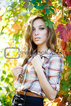 blond girl posing outdoor