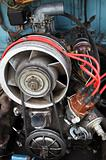 engine with air cooling