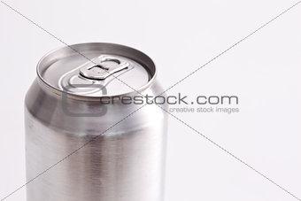 Closed aluminium can