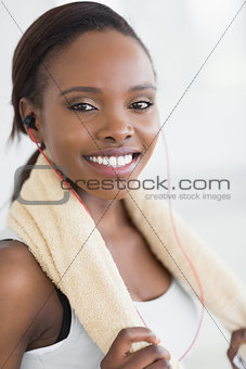 Close up of a black woman doing sport