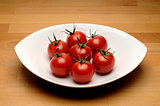 Bowl of red fresh tomato