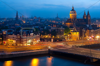 Nigt view of Amsterdam