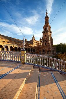 tower at Plaza de Espana, Sevilla