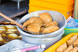Freshly Deep Fried Curry Puffs