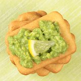 crackers with avocado cream