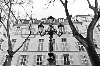 Paris - Place de Fustemberg