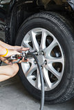 Car wheel changing