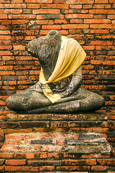 old buddha statue in ayutthaya thailand