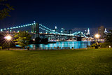 New York, Brooklyn Bridge at night