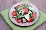 Salad with ruccola and tomatoes