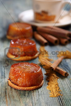 Apple tarte tatin with cinnamon.