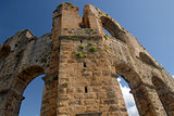 ancient roman aqueduct