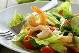 Green salad with grilled shrimp, healthy eating