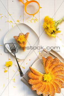Cake with dandelion's flowers