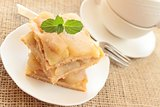 apple pie with cups