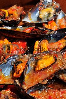mejillones a la marinera, spanish mussels in marinara sauce