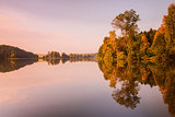 Symmetry reflection on the lake