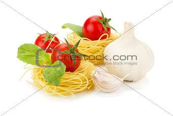 Cherry tomatoes, basil, garlic and pasta