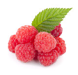 Fresh raspberries with green leaf