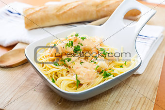 Spaghetti with shrimp