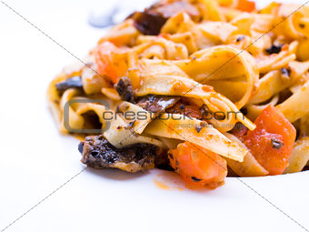Spaghetti with aubergine