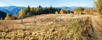 Autumn  mountain Nimchich pass (Carpathian, Ukraine)