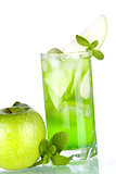 Green cocktail with apples and mint