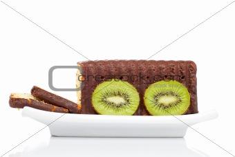 Slices of cake with kiwi