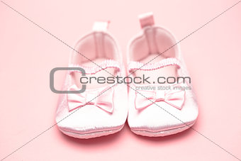 Baby girls pink booties