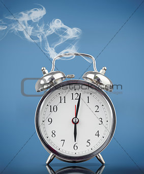 Smoking alarm clock