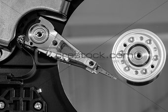 Close up of a spindle of disk drive