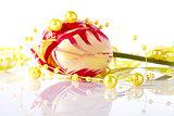 Tulip and yellow beads.