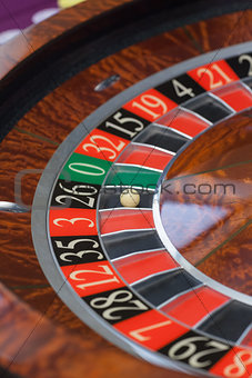 Roulette wheel stopping