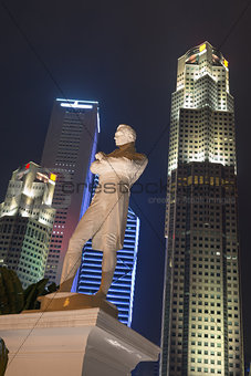 Sir Stamford Raffles statue at night, Singapore