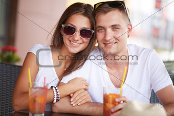 Dates with cocktails