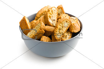 cantuccini cookies in bowl