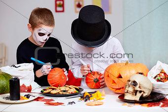 Drawing on pumpkins