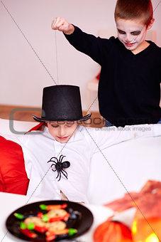 Spider trick