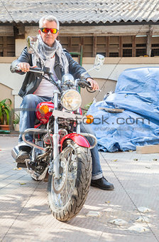 0116 270713 6200 Rider motorbike industial trendy red  bike