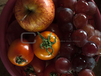 Apple grape and tomatoe