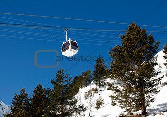 Cabin lift of a ski resort