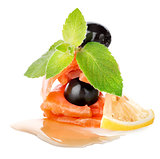 Salmon with lemons and olives